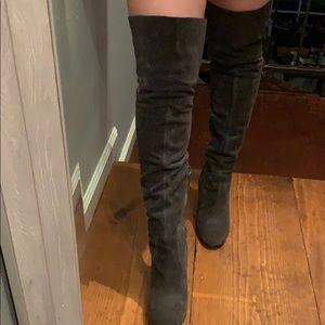 Over the knees suede boots size 8